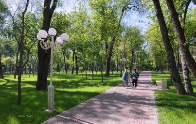 Тараз. Парк культуры им. К. Рыскулбекова